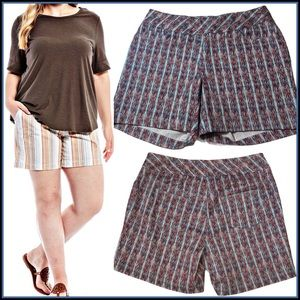 NWOT WESTBOUND PARK AVE PLUS-SIZE STRETCH SHORTS